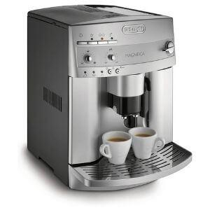 01. DeLonghi Magnifica ESAM3300 Super-Automatic EspressoCoffee Machine