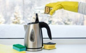 cleaning an electric kettle