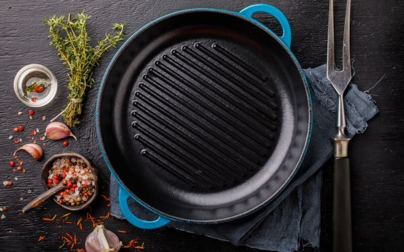 how to clean cast iron grill