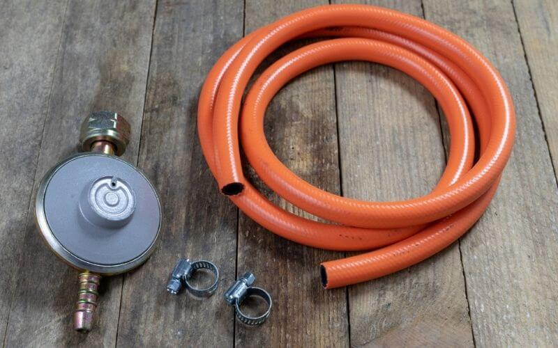 propane grill regulator pressure