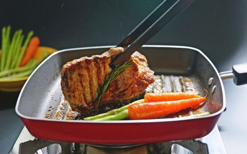 clean a nonstick electric griddle