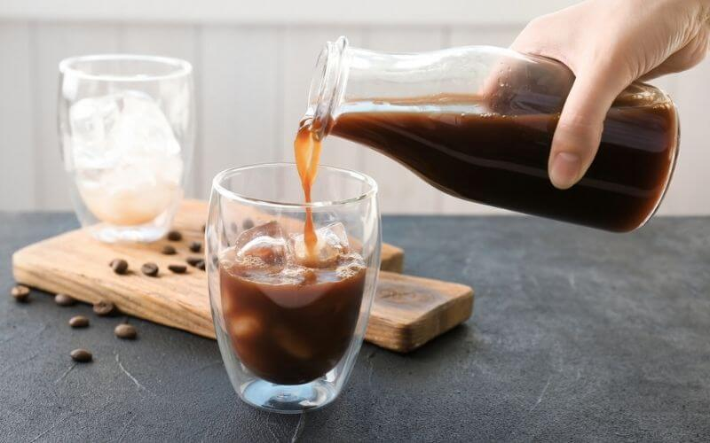 how to store brewed coffee