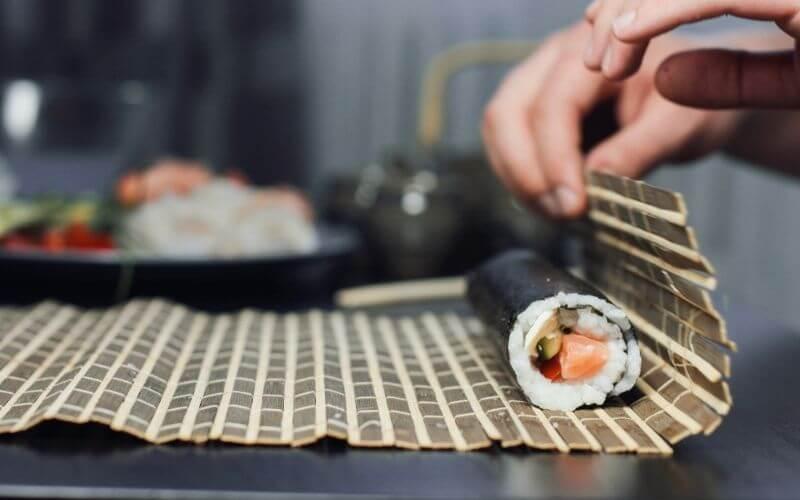 How to Freeze Homemade Sushi